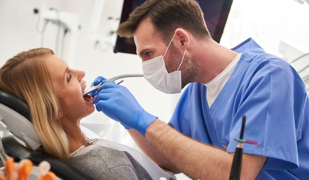 Fixing interproximal cavities at the dental office.